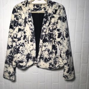 NWT Super soft faux fur jacket